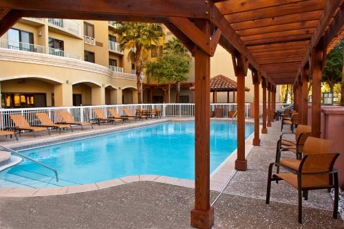 Courtyard by Marriott Sandestin at Grand Boulevard Photo