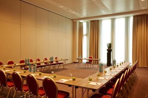 Ramada Hotel & Conference Center München Messe photo 37