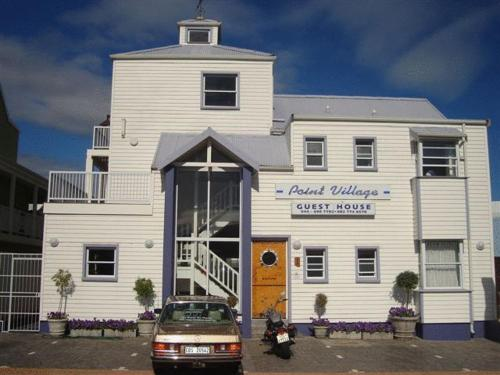 1 Point Village Guesthouse & Holiday Cottages Photo