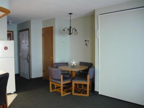 D Sands Condominium Motel Photo
