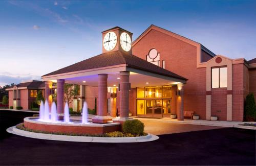 Ann Arbor Regent Hotel and Suites Photo