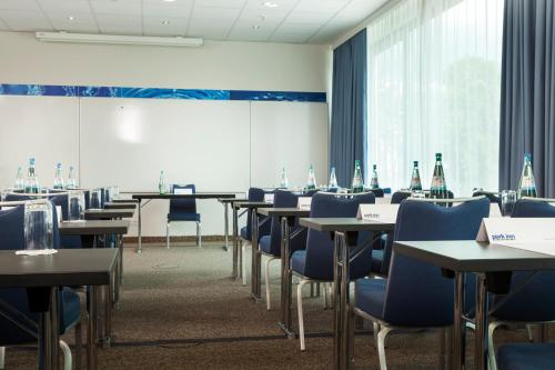 Park Inn by Radisson Frankfurt Airport photo 9