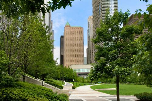 Fairmont Chicago Millennium Park - chicago -