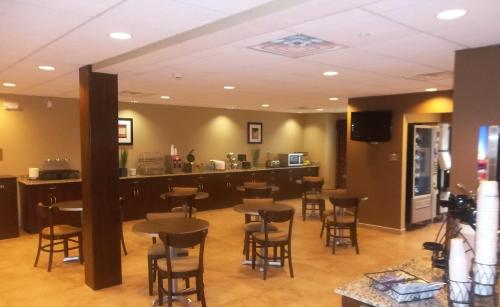 Microtel Inn & Suites-Sayre, PA Photo