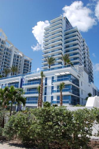 Monte Carlo by Miami Vacations Corporate Rentals Photo