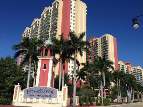 Miami Waterfront Apartments - Sunny Isles Beach, FL 33160