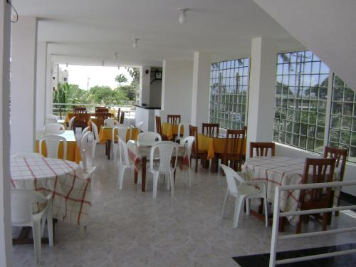 Hosteria Palmira Mar Tonsupa Photo