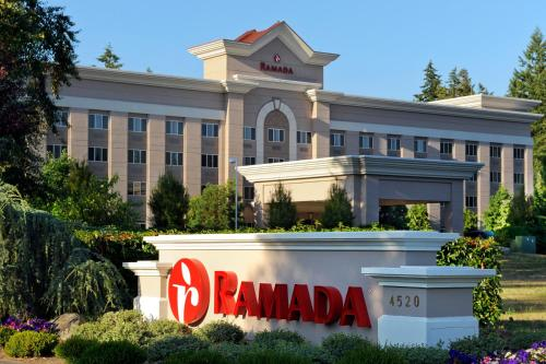 Picture of Ramada Olympia/><p class=