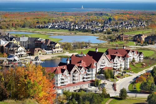 The Westin Trillium House, Blue Mountain Photo