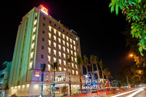 Biz Hotel Batam photo 2