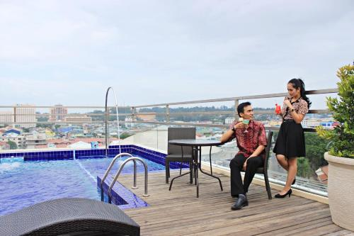 Biz Hotel Batam photo 7