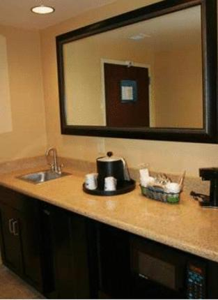 Hampton Inn & Suites Vineland Photo