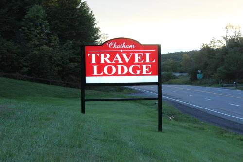 Chatham Travel Lodge Photo