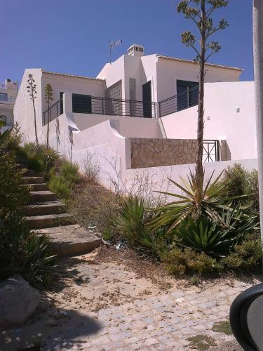holidays algarve vacations Salema Salema's Guesthouse