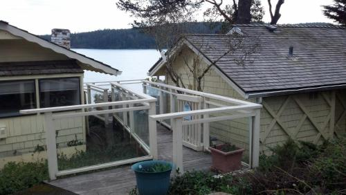 Waterfront Home Orcas Landing Photo