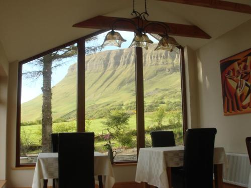 Benbulben Farmhouse B&B, Drumcliff