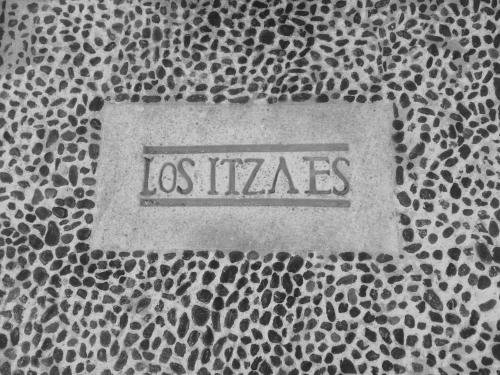 Hotel Los Itzaes Photo