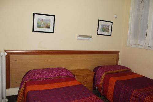 Hostal Ribagorza photo 2