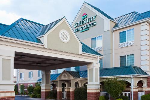 Photo of Country Inn And Suites By Carlson Hot Springs hotel in Hot Springs