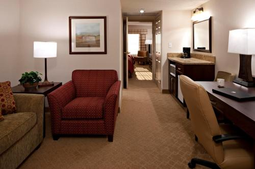 Country Inn & Suites By Carlson Calgary Photo