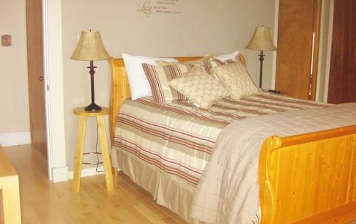 Covered Bridge Bed and Breakfast Photo