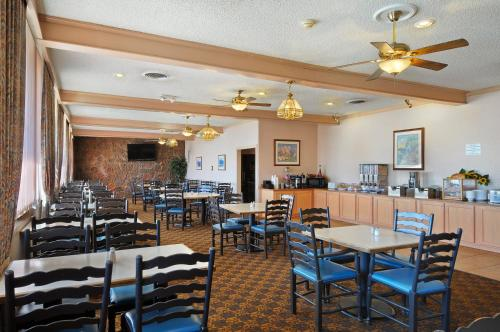 Days Inn & Suites Clovis Photo