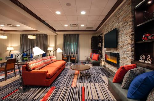 Four Points by Sheraton Waterloo - Kitchener Hotel & Suites Photo