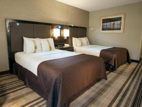 Holiday Inn Gaithersburg Photo