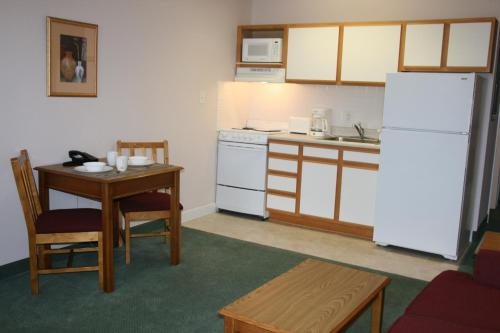 Affordable Suites Rocky Mount Photo