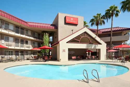 Ramada Tempe at Arizona Mills Mall Photo
