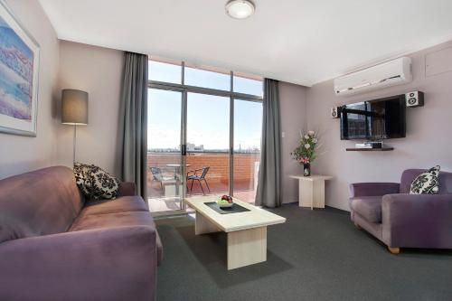 Adara Apartments Camperdown Sydney photo 4