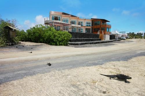 Iguana Crossing Boutique Hotel Photo