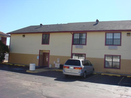 Medical Inn Oklahoma City Photo