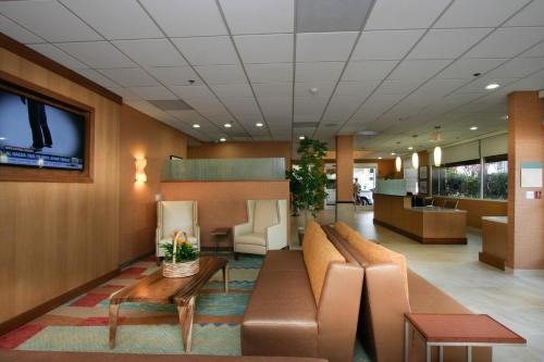 Best Western Plus Gateway Hotel photo 12