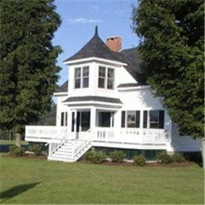 The Guest Houses at Pineland Farms Photo