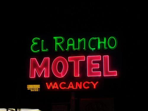 El Rancho Motel Photo