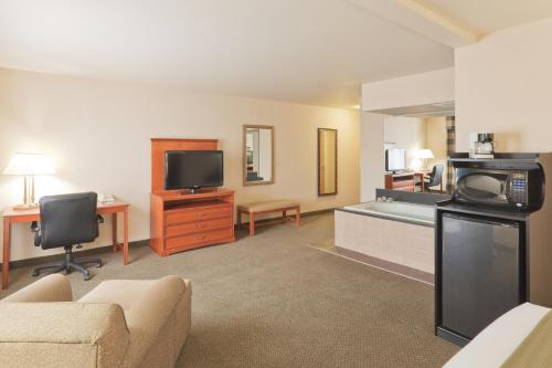 Holiday Inn Express Greensburg Photo