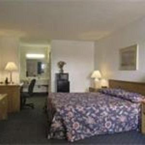 Howard Johnson Inn North Platte Photo