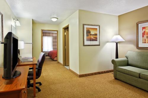 Country Inn & Suites by Carlson Sycamore Photo