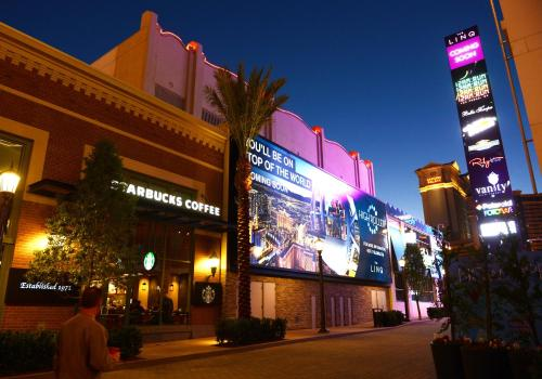 Harrah's Las Vegas Hotel & Casino Photo