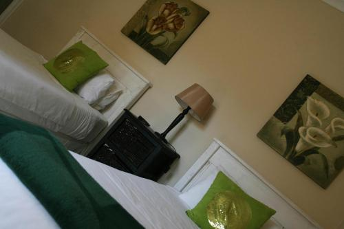 Goulden Street Guest House Photo