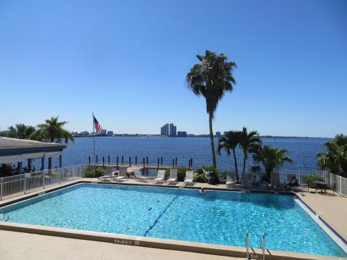 Best Western Fort Myers Waterfront Photo