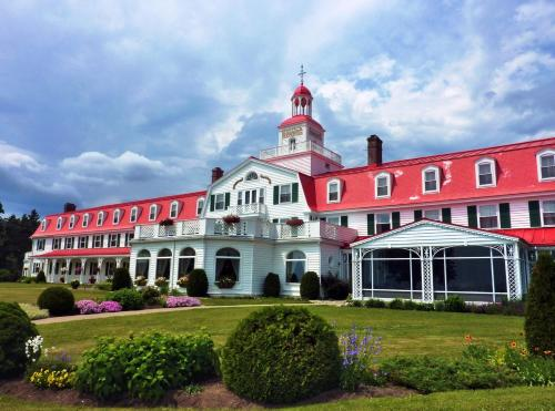 Hotel Tadoussac Photo