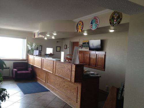 America's Best Inn and Suites Emporia Photo