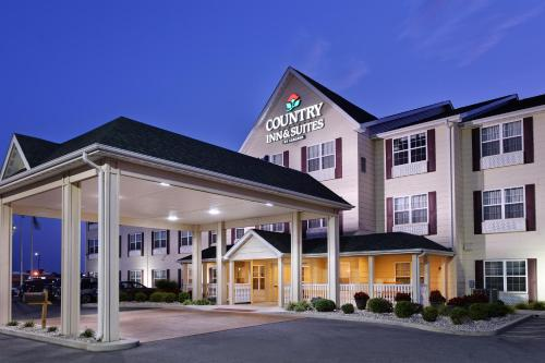 Country Inn & Suites By Carlson Marion