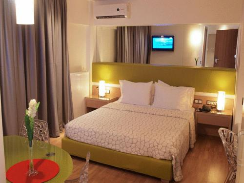 Elements Hotel Apartments - Strati Myrivili 3-5 Chalandri Greece