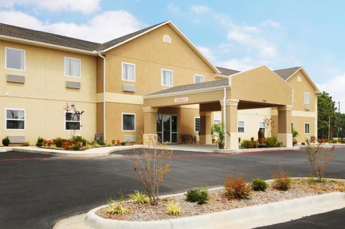 Picture of Days Inn & Suites Cabot