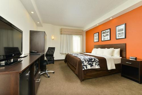 Sleep Inn & Suites at Concord Mills Photo
