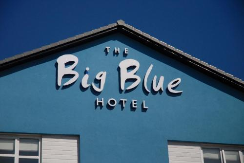 The Big Blue Hotel - Pleasure Beach Resort in Blackpool from £60