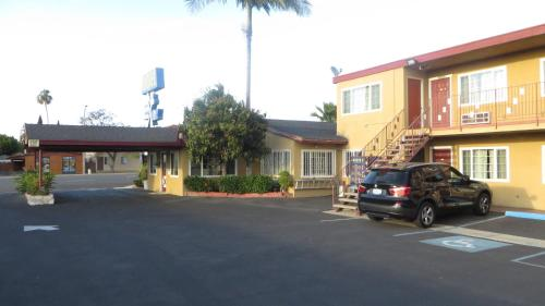 Cloud 9 In Cypress Ca Free Internet Non Smoking Rooms